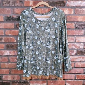 LOGO Lori Goldstein Floral L/S Swing Top
